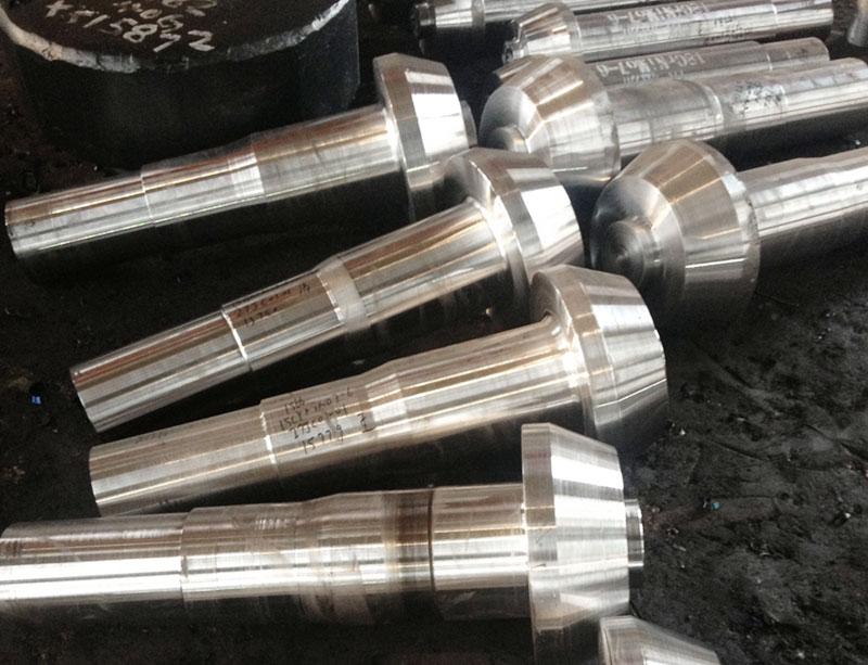 18CrNiMo7-6螺旋齿轮轴毛坯
